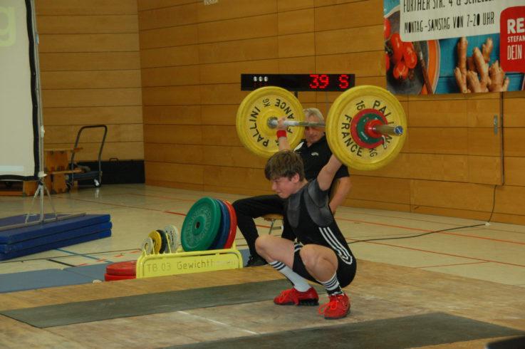 Gewichtheber-Nachwuchs der TG Landshut auf Medaillenjagd bei den Bayerischen Meisterschaften