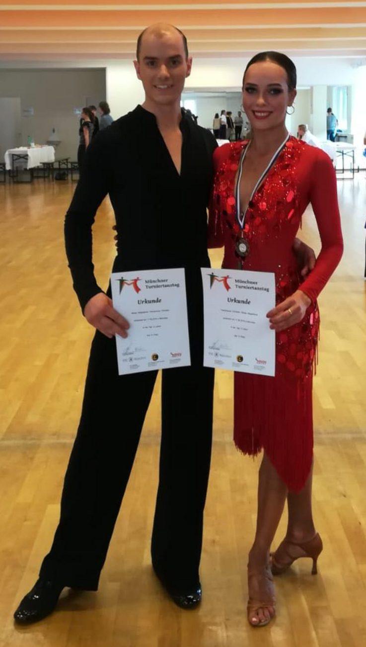 Landshuter Tanzpaar in die B-Klasse aufgestiegen