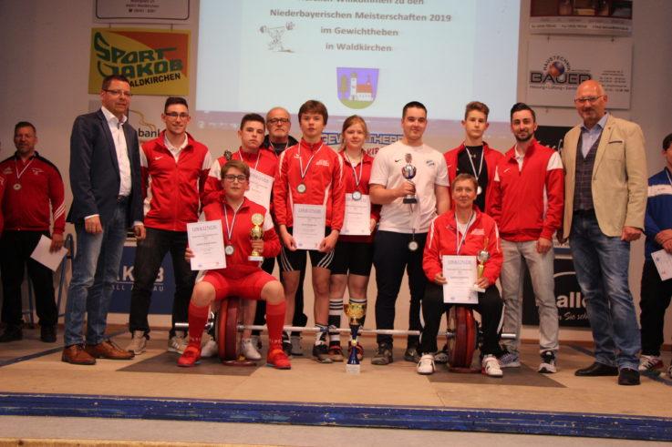 Neun Titel für TG-Gewichtheber bei den niederbayerischen Meisterschaften