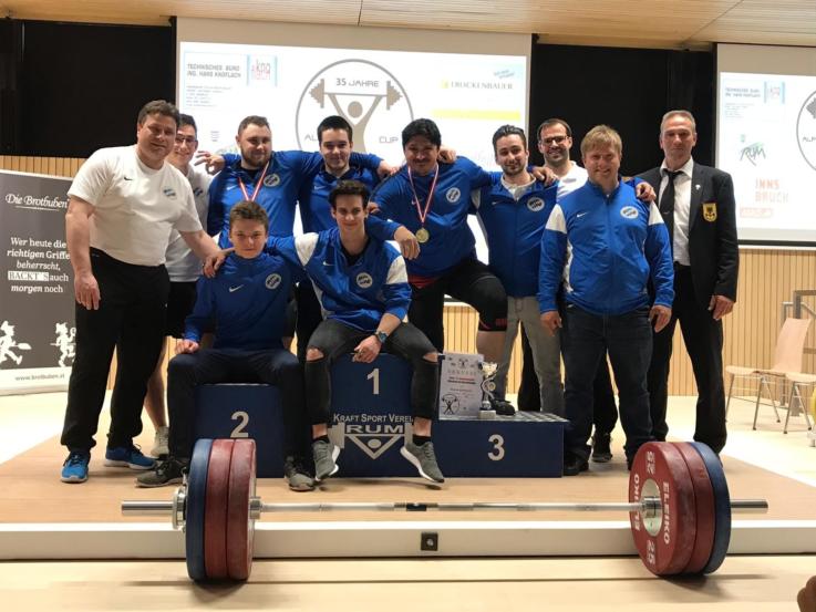 Internationaler Alpen-Cup im Gewichtheben 2019 mit drei Athleten der TG Landshut im Bayernteam