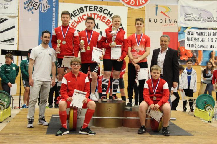 Meistertitel und Stockerlplätze für den TG-Gewichtheber-Nachwuchs bei den Bayerischen Meisterschaften der Kinder, Schüler und Jugend in Roding